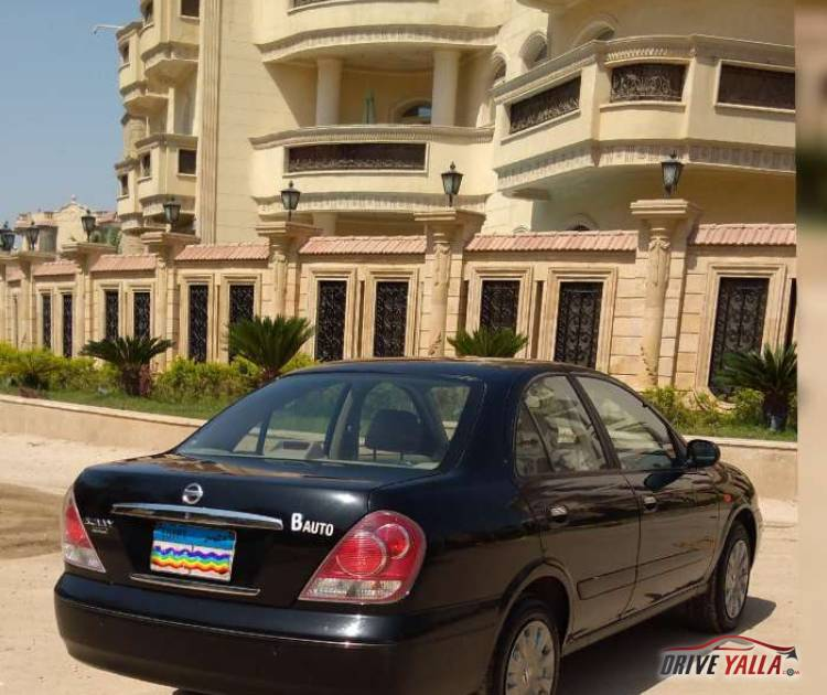 نيسان صنى مستعملة للبيع فى مصر بالتقسيط  2015
