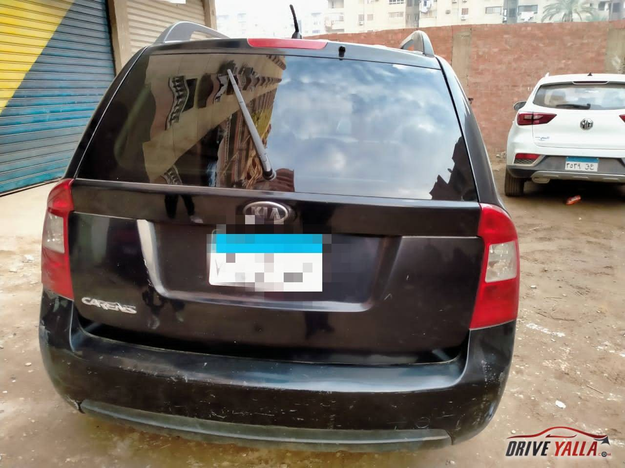 كيا كارينز مستعملة للبيع فى مصر 2010