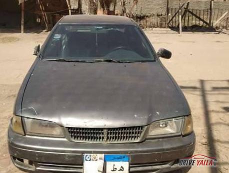 نيسان صني  مستعملة للبيع فى مصر 2000