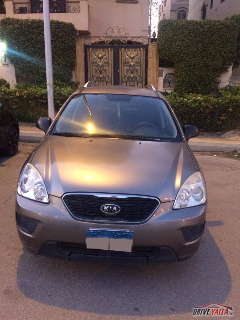كيا  كارينز  مستعملة  للبيع  فى مصر  2012