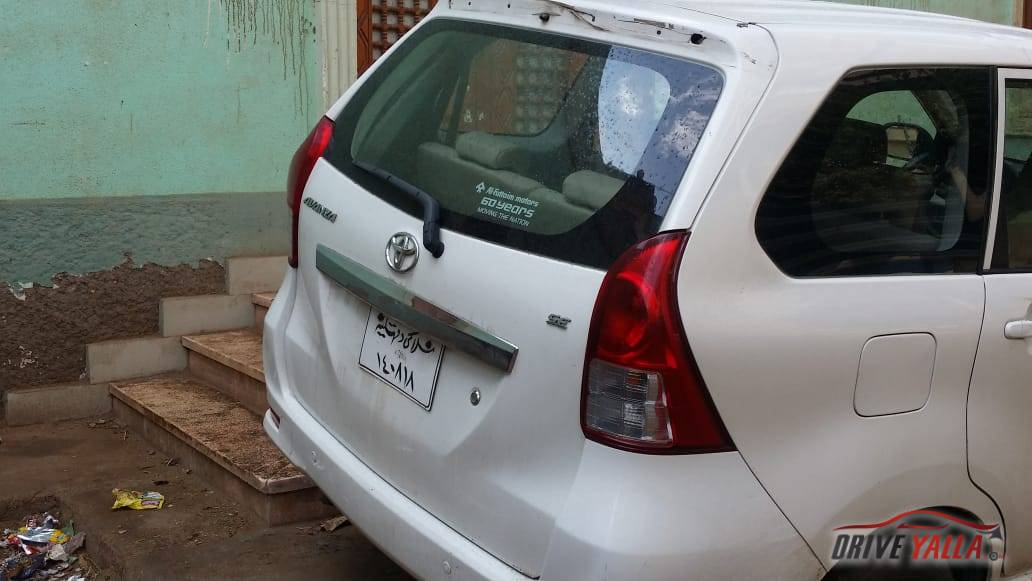 تويوتا افانزا مستعملة للبيع فى مصر  بالتقسيط 2015