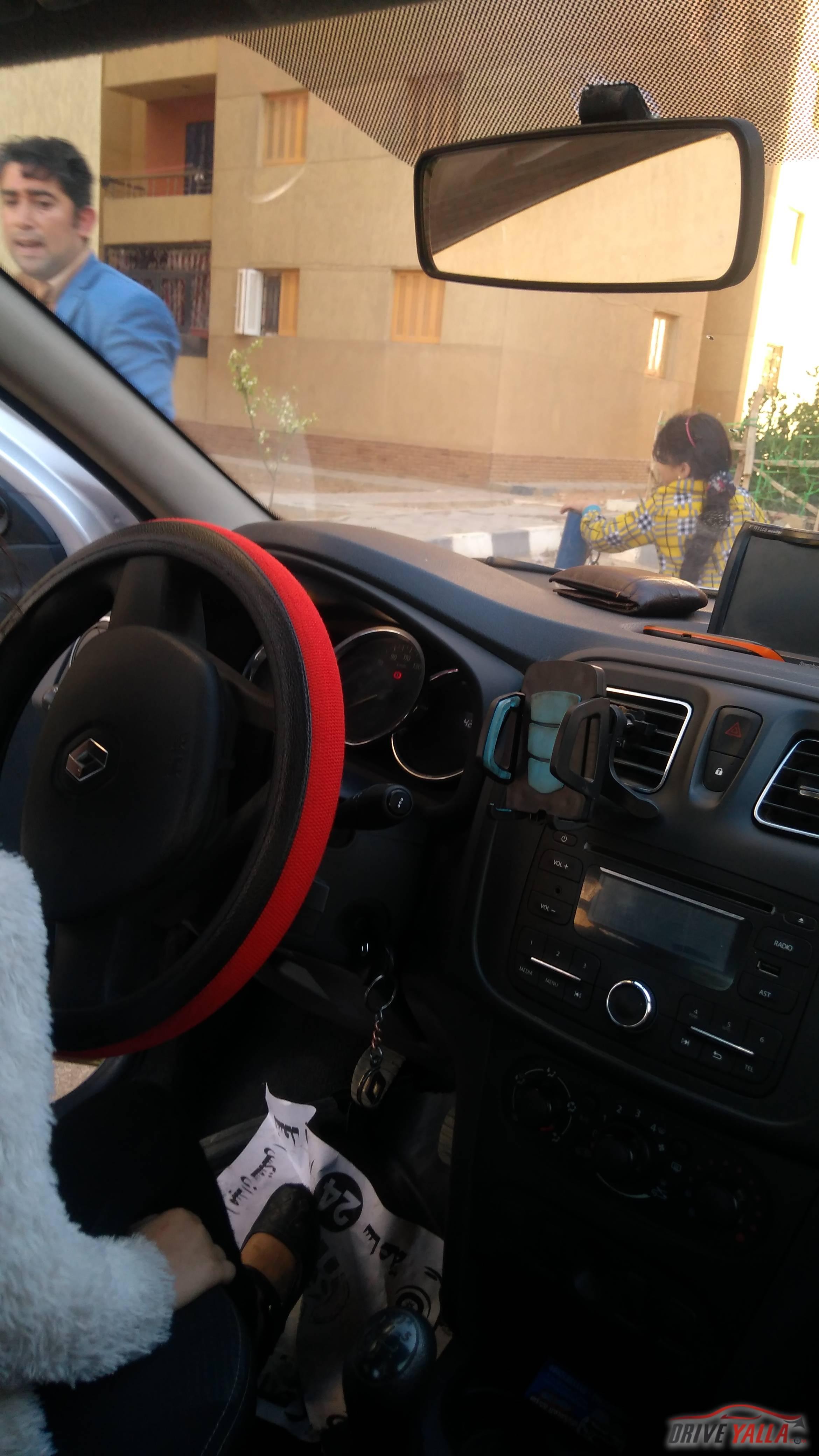 سيارة لوجان 2017