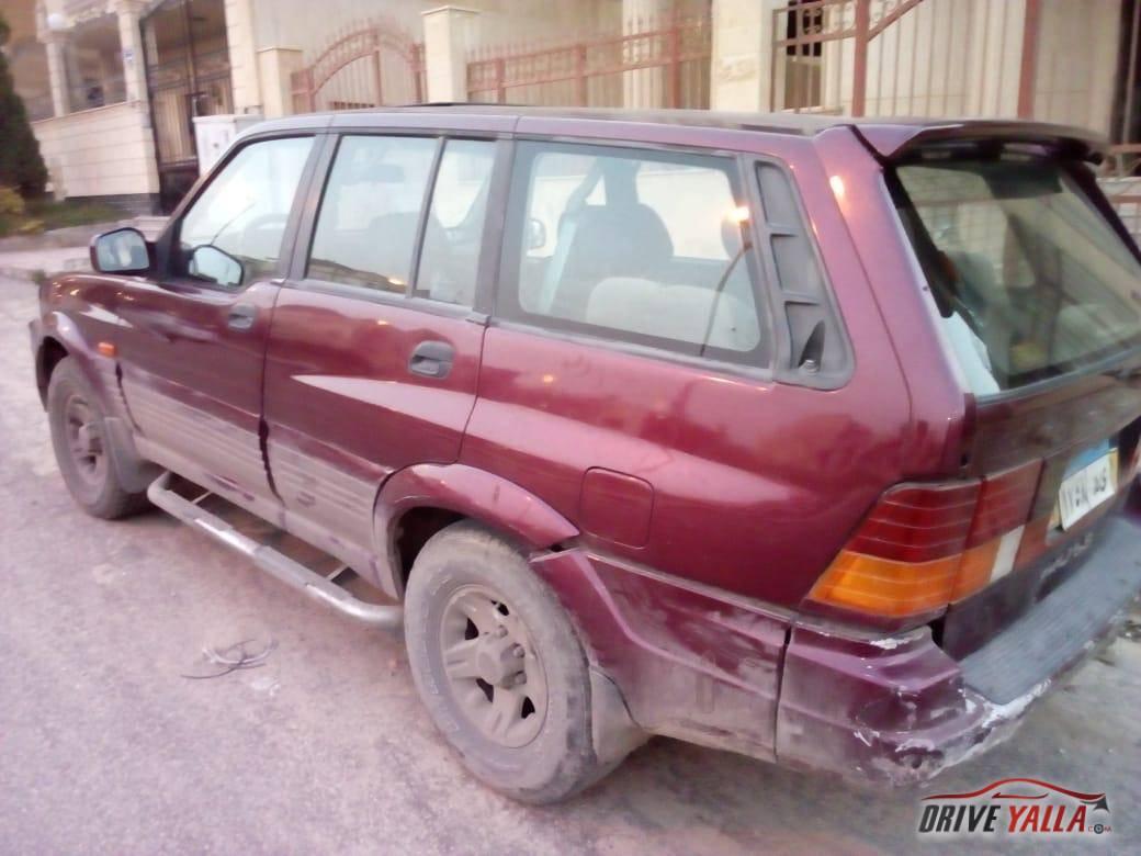 سيارة جيب سانج يونج