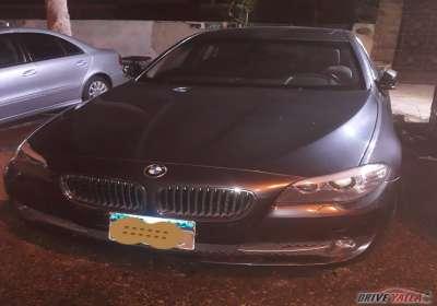 BMW 520i/2013السعر 700الف/او قسط بمقدم 300الف